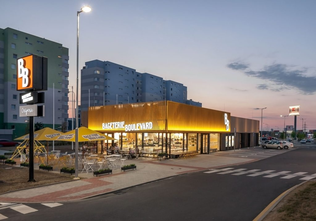 Koncept architektu Labor13 Bageterie Boulevard interiery a exteriery foto Roman Mlejnek