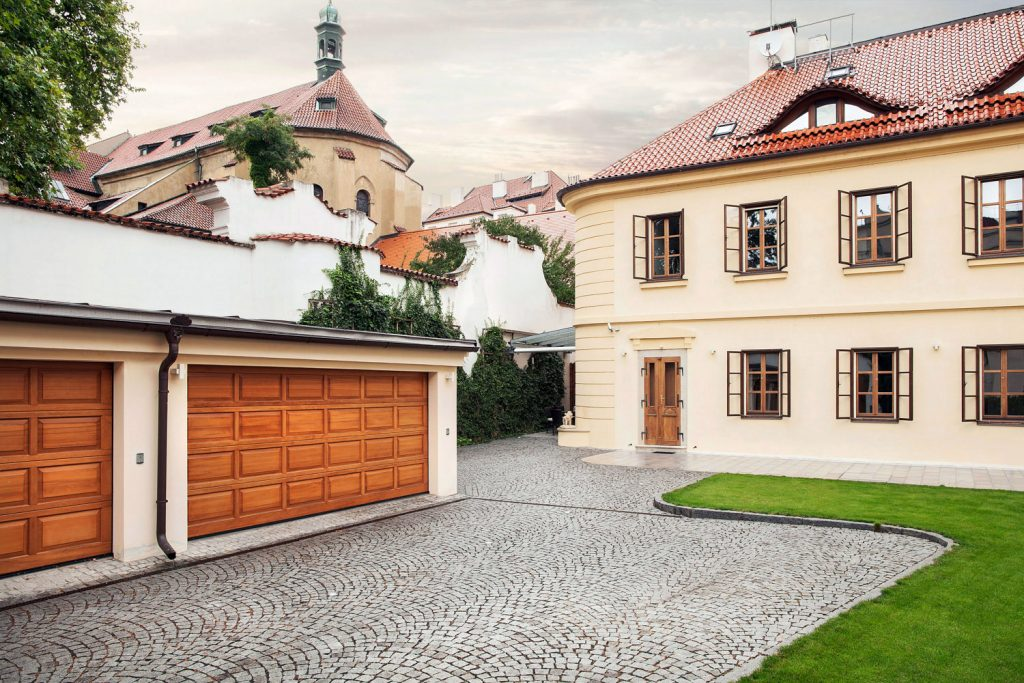 Fotografie rodinneho domu na prazske Kampe, fotograf architektury Roman Mlejnek