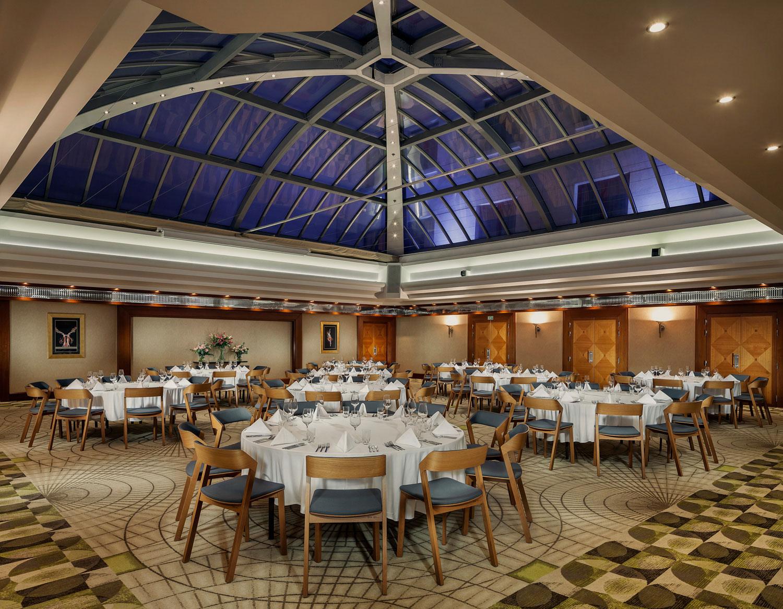 Konferencni mistnosti hotelu Alcron Praha, velka zasedaci mistnost, fotograf Roman Mlejnek