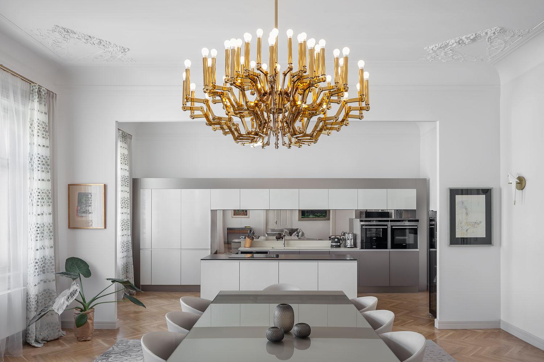 Designovy lustr Mercury od firmy Preciosa, foceno v showroomu Innex, fotograf Roman Mlejnek