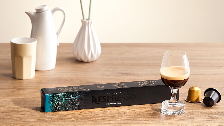 Nespresso produktova fotografie s kapslemi, fotograf Roman Mlejnek