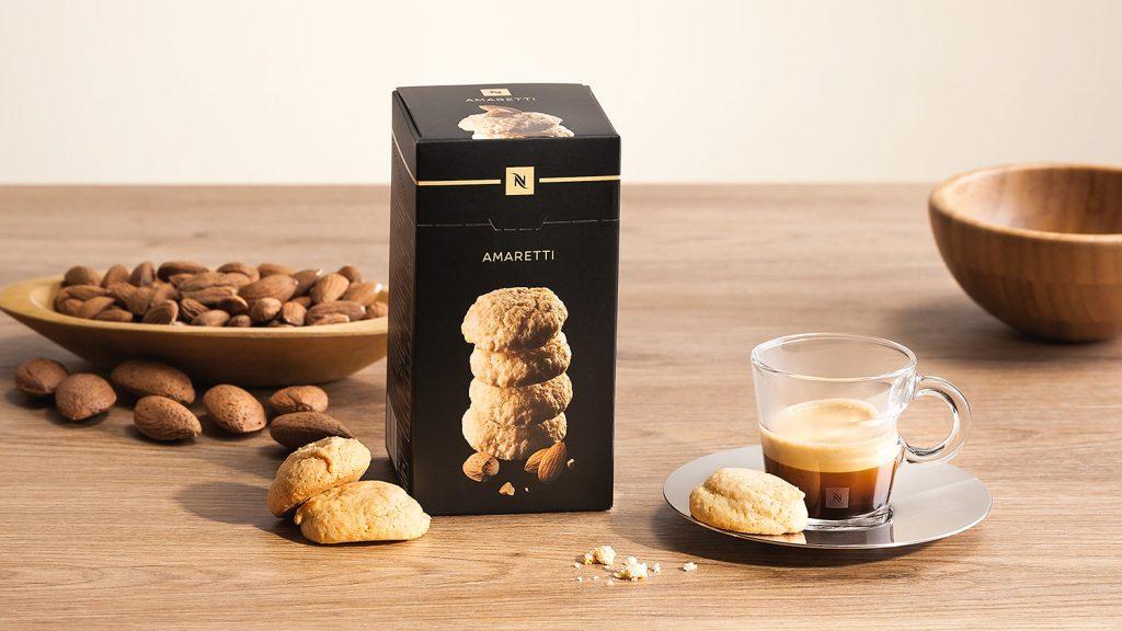 Nespresso produktova fotografie se susenkami Amaretti, fotograf Roman Mlejnek