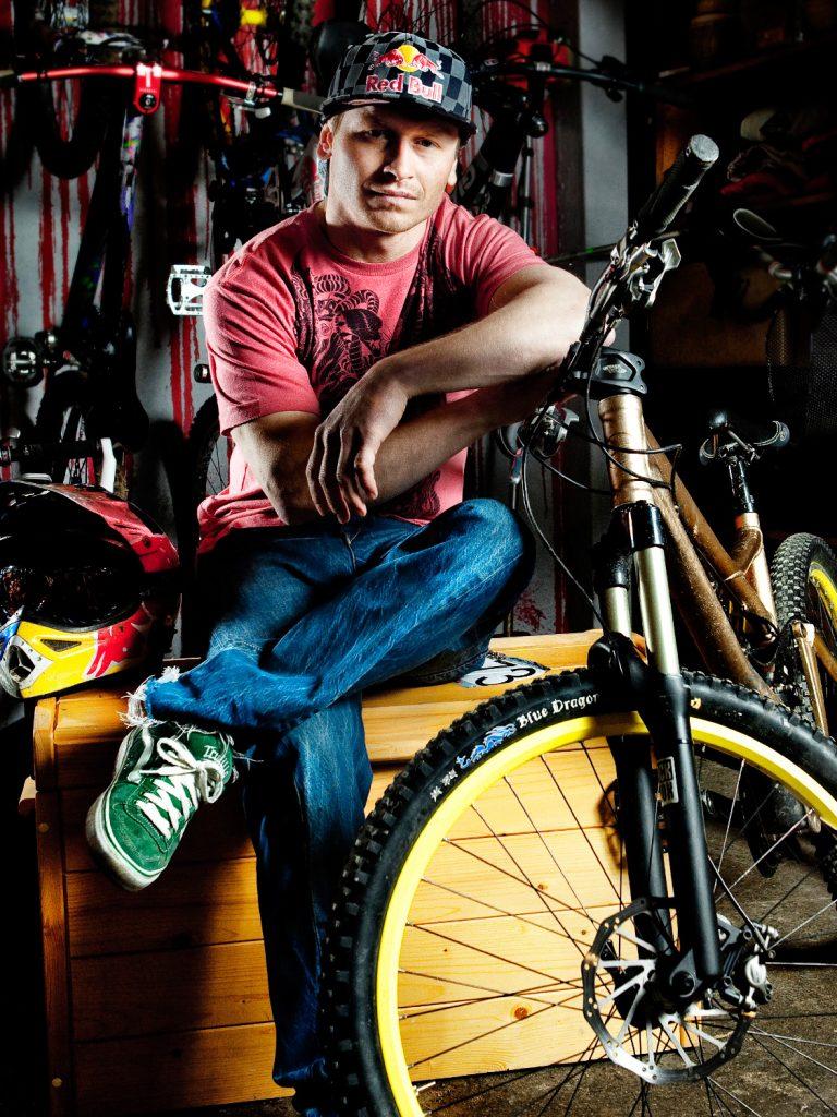 Red Bull biker Michal Marosi, fotograf Roman Mlejnek