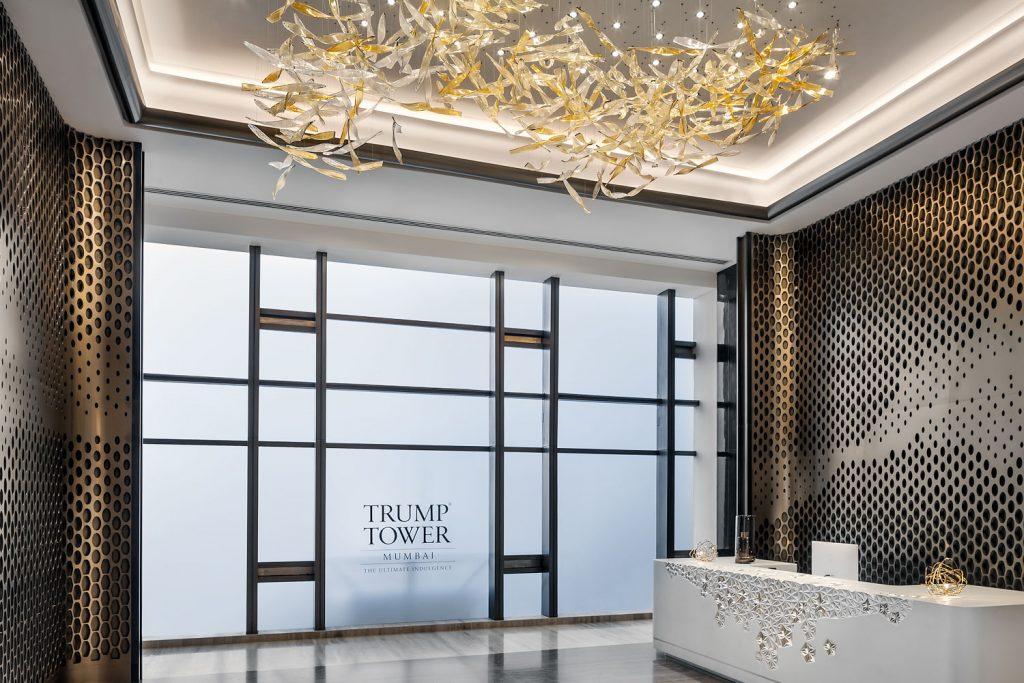 Trump Tower v Indii se sklenenym lustrem firmy Preciosa, foto Roman mlejnek