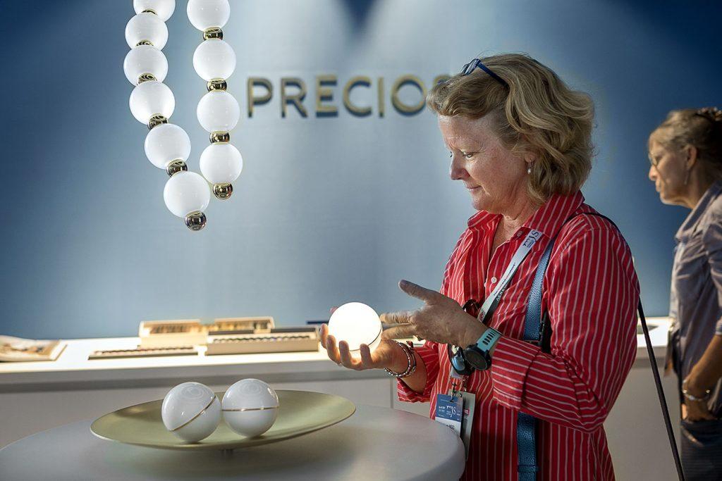 interaktivita se svitidlem Preciosa