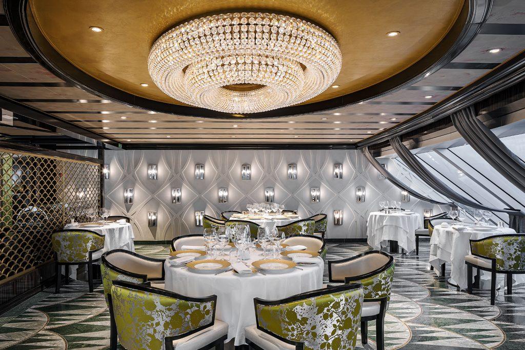 Seven Seas Splendor chandelier in ships restaurant